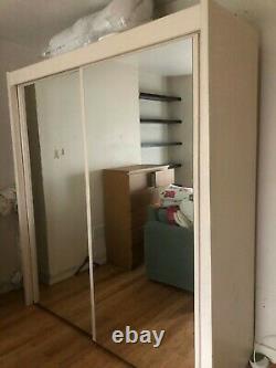 Modern bedroom mirror sliding door wardrobe