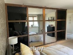 Used sliding wardrobe doors Mirror + gloss black (handleless)Fantastic condition