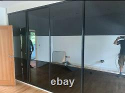 Very good quality Sliding Wardrobe Doors Black mirrored Walk in, Bedroom